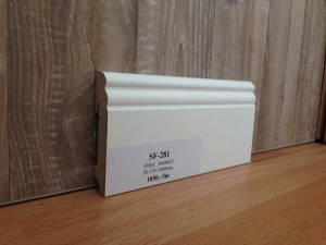 SF-281 festhető fehér szegélyléc