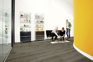 skandinávszürke vinyl padló