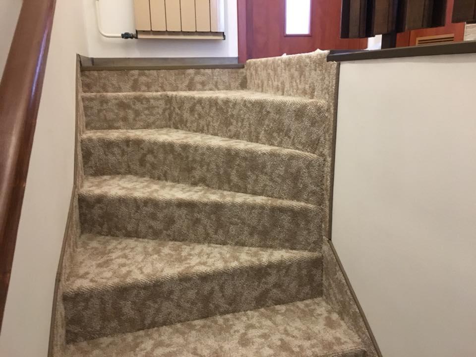 padlószőnyeg fektetése